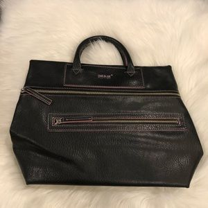 Matt & Nat Black & Pink Handbag